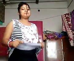 Bangla Boudi clothes change