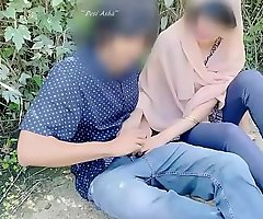 Hijab desi girl fucked in jungle with their way boyfriend