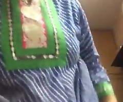 Indian matuer aunty remove