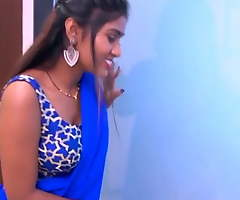 Desi Maal Videshi Pose  hot short films