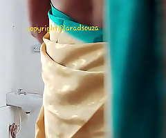 Indian well done crossdresser model Lara D'Souza saree flick