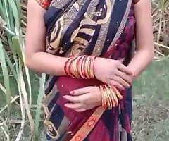 Desi randi Indian bhabhi wide chunky nipps and morose ass