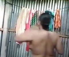 Bangladeshi Bhabi Gosol Dusting