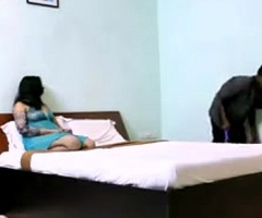 cuckhold Desi fit together flashing their way boobs in hotel