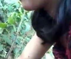 Desi Girlfriend Fucking outdoor with her boyfriend 32