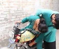 Desi bike ride, woman with a very hawt ass