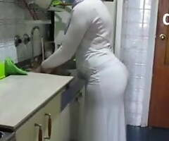 Perfect Arab wife's booty