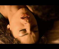 Kangana Ranaut – Sexy Kissing Scenes 4K