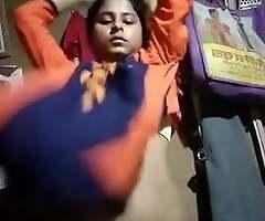 Hindu ladkiya selfie banate hue boobs desi hindu ladki