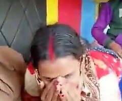 Desi Randi get drilled by truck parlour-maid