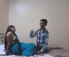 Indian Desi Girlfriend Be aware Making love with Her Boyfriend in Hotel