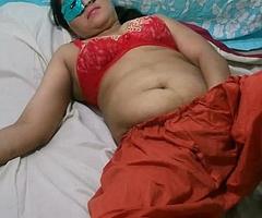 Swathi Indian Bhabhi In Red-hot Shalwar Suit Masturbation
