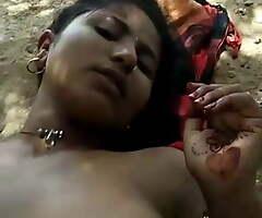 Desi blonde Bhabhi has risky open-air sex
