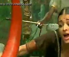 bollywood actress aishwaria rai huge knockers bottomless split cleavage - XNXX free porn video