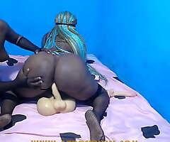 African amazon round a big butt riding a dildo torso