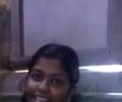 Heena Cute desi babe showing boobs n twat