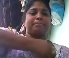 VID-20180623-PV0001-Vikravandi (IT) Tamil 37 yrs old fastened sexy and sexy housewife aunty Mrs. Eswari similar to one another her boobs sex porn video-1