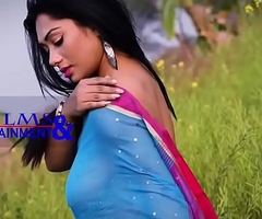 My Hot Bengali wed on touching Saree Thick Nipple  visisble