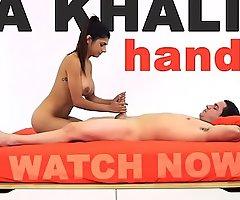 MIA KHALIFA - Arab Deity Performs Expert Level Handjob On Peter Green