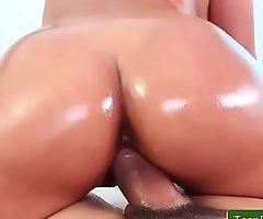 Latin chick Sex - Beachside Bonita with Sophia Leone clip-04