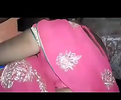 Scant indian saree aunty
