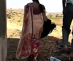Desi Indian aunty fucking overseas