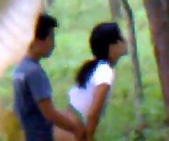Desi girlfriend alfresco fucking with boyfriend indian and bangla