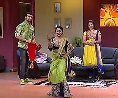 Mallu Bi-monthly Show the way  Chandana Mazha Show the way Megna Hawt Dance