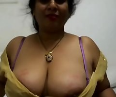 My sexy aunty boobs